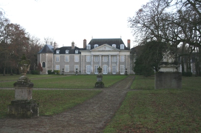 Château de Chevilly on a dull day in January